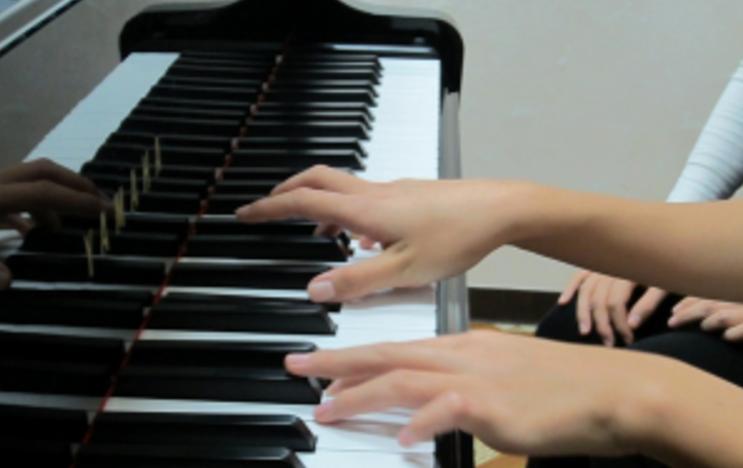 子供の習い事/ピアノの先生の選択について